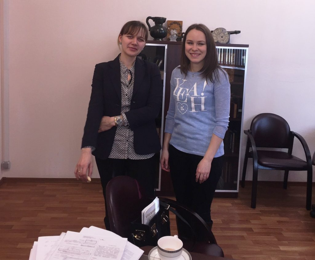 Кристина и Анечка - помощницы мэтра Алексея Куприянова